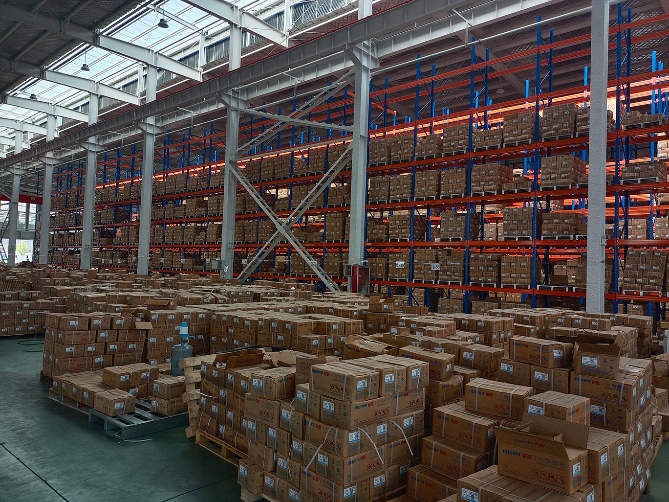 Installation of heavy beam shelf purchased by Jiyuan Baigu for the second time (case of heavy beam