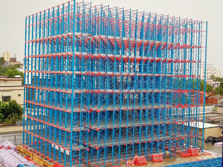 Rack integrated warehouse